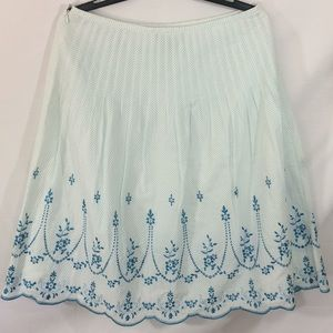 Ann Taylor cotton pleated embroidered skirt-Sz 10